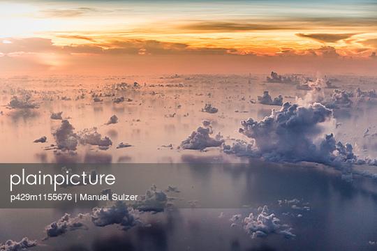 p429m1155676 von Manuel Sulzer