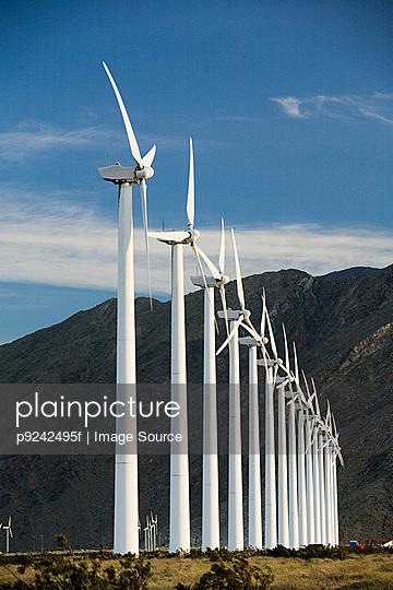 Wind farm, Indian Wells, California, USA