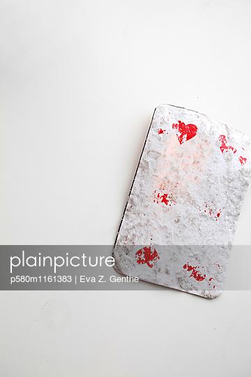 Verblasste Spielkarte Herz Zehn - p580m1161383 von Eva Z. Genthe