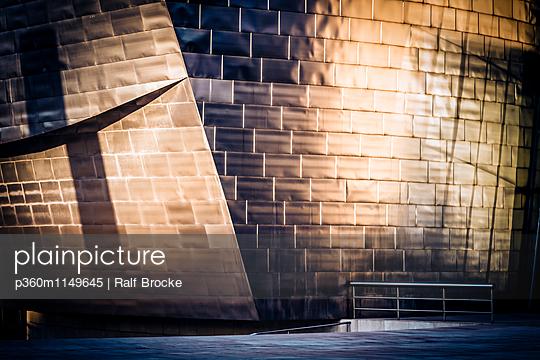 Museum Guggenheim - p360m1149645 von Ralf Brocke