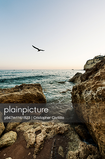 Algarve - p947m1161823 von Cristopher Civitillo