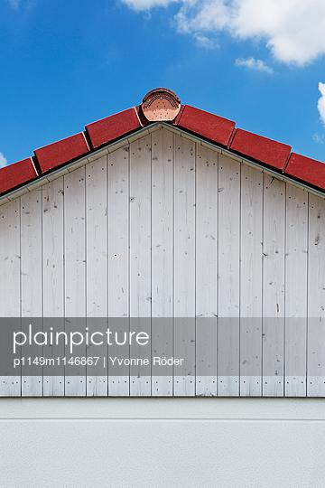Dachgiebel - p1149m1146867 von Yvonne Röder