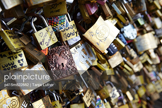 Love locks
