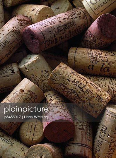 A heap of corks