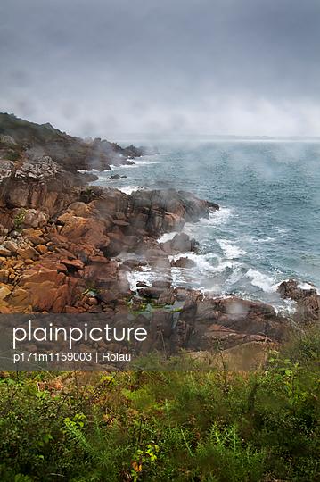 Wetter in der Bretagne - p171m1159003 von Rolau