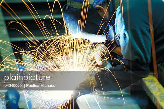Man metal welding, close-up