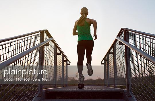 Running - p608m1164906 von Jens Nieth