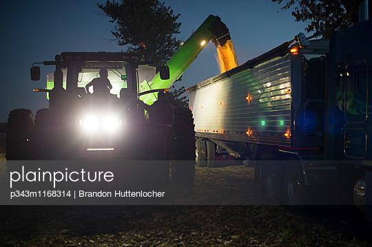 p343m1168314 von Brandon Huttenlocher