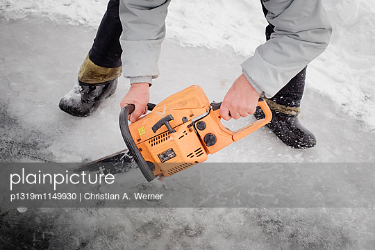 Eisbaden - p1319m1149930 von Christian A. Werner