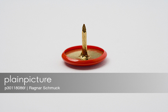 Single drawing pin