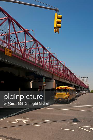 Schulbus in New York - p470m1152812 von Ingrid Michel