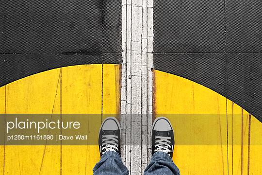 Stehenbleiben - p1280m1161890 von Dave Wall