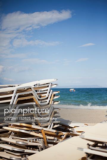 Strandliegen - p772m1152825 von Jonny Elektra