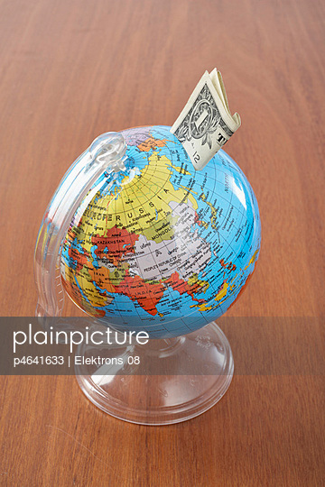 Globe and money