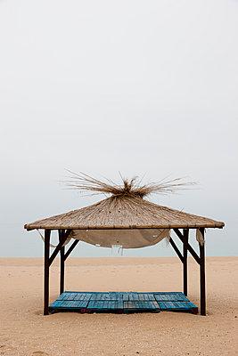 Strandhütte, Goldstrand, Bulgarien - p248m954169 von BY
