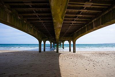 Pier, Boscombe, Bournemouth - p1057m1015249 by Stephen Shepherd