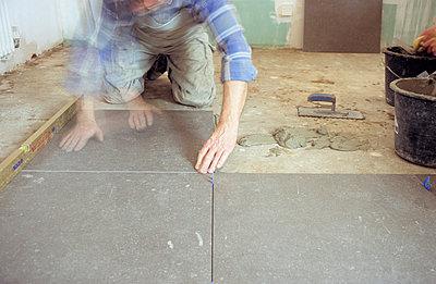 Platten verlegen - p3050005 von Dirk Morla