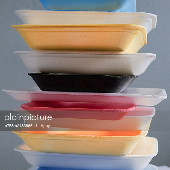 Plastic waste, stack of meat trays - p758m2183886 by L. Ajtay