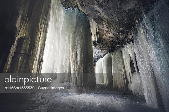 p1166m1555539 von Cavan Images