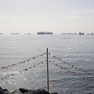 Luftballons abschießen - p1138m971479 von Stéphanie Foäche