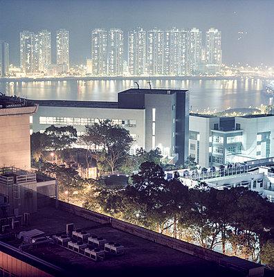Hong Kong at night - p913m933804 by LPF