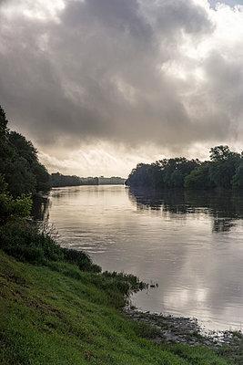 Loire - p1402m1586316 by Jerome Paressant