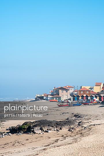 Portugisisches Fischerdorf - p171m1158979 von Rolau