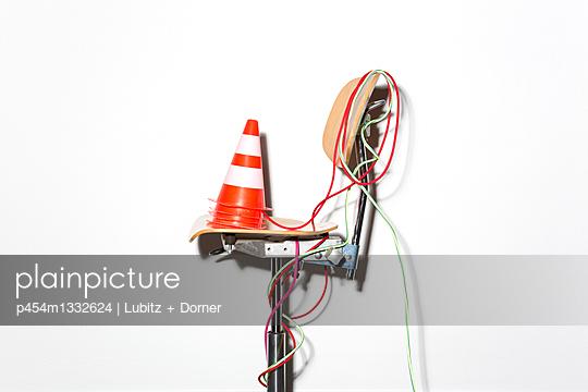 Baustelle Internet - p454m1332624 von Lubitz + Dorner