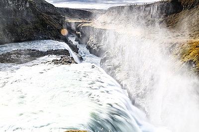 Island, Wasserfall - p1643m2229367 von janice mersiovsky