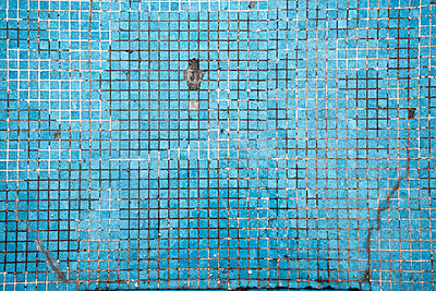 Alte geflieste Wand - p2370627 von Thordis Rüggeberg