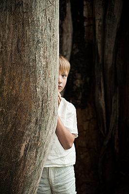 Hiding - p971m916321 by Reilika Landen