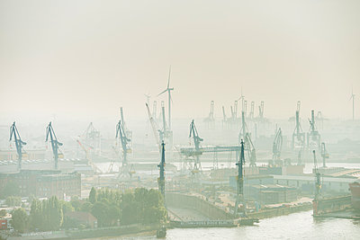 Containerhafen Hamburg III - p1493m1584671 von Alexander Mertsch