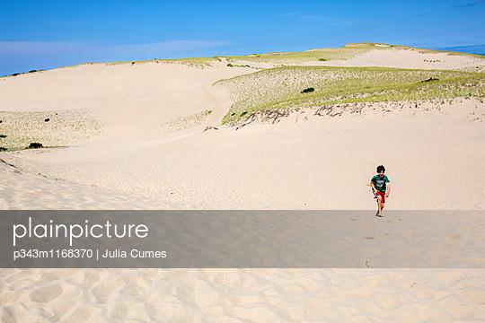 p343m1168370 von Julia Cumes