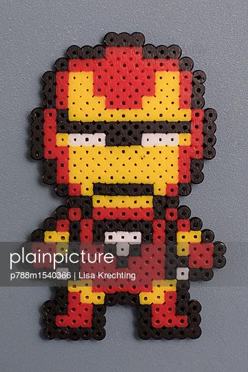 Homemade super heroes - p788m1540366 by Lisa Krechting