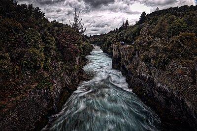 Huka Falls - p1399m1442179 by Daniel Hischer
