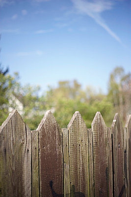 Wooden fence - p4641088 by Elektrons 08