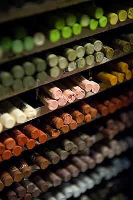 Crayons, wax crayons, colour - p1216m2260928 von Céleste Manet