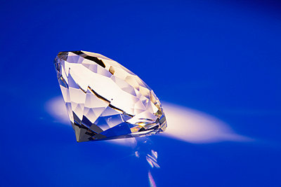 Single diamond on blue background - p6090119f by STUDD