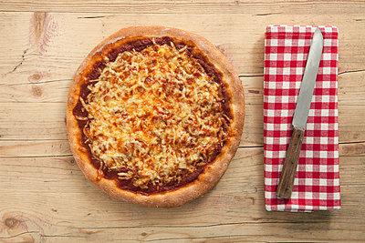 Knusprige Pizza - p4541610 von Lubitz + Dorner