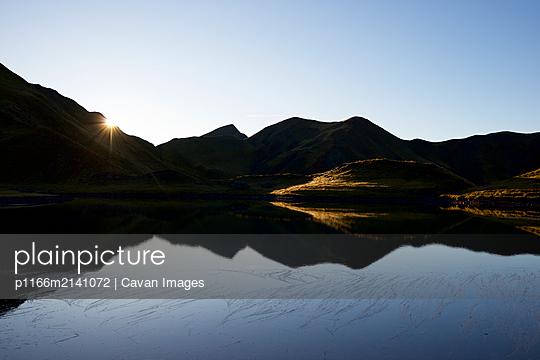p1166m2141072 von Cavan Images