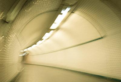 Paris underground - p1132m1017020 by Mischa Keijser