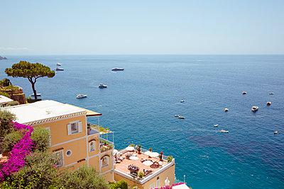 Schöne Aussicht in Positano - p432m1149548 von mia takahara
