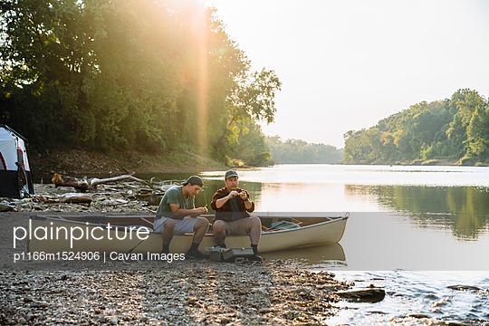 p1166m1524906 von Cavan Images