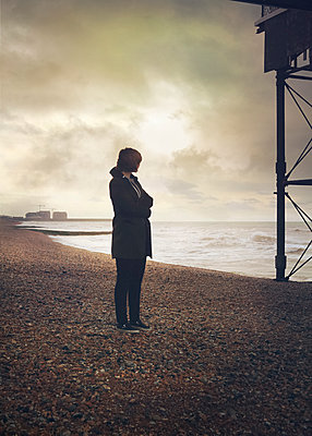 Looking out to sea - p984m1172287 by Mark Owen