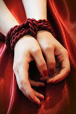 Tied up - p4760338 by Ilona Wellmann