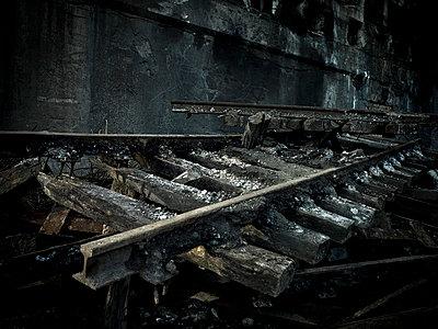 Industrieruine - p416m991154 von Stephan Jouhoff
