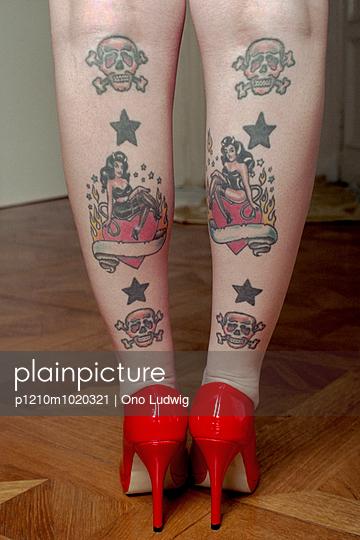 Tattoos - p1210m1020321 von Ono Ludwig