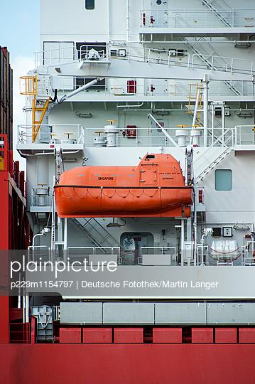 Rettungsboot - p229m1154797 von Martin Langer