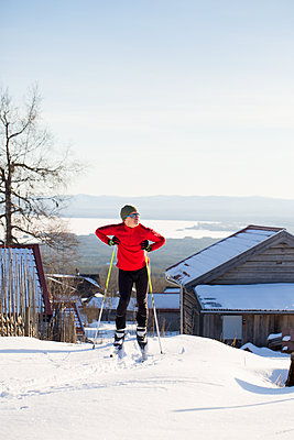 Man skiing - p312m1557173 by Lena Granefelt
