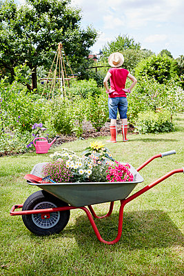Gartenzeit - p464m1147207 von Elektrons 08